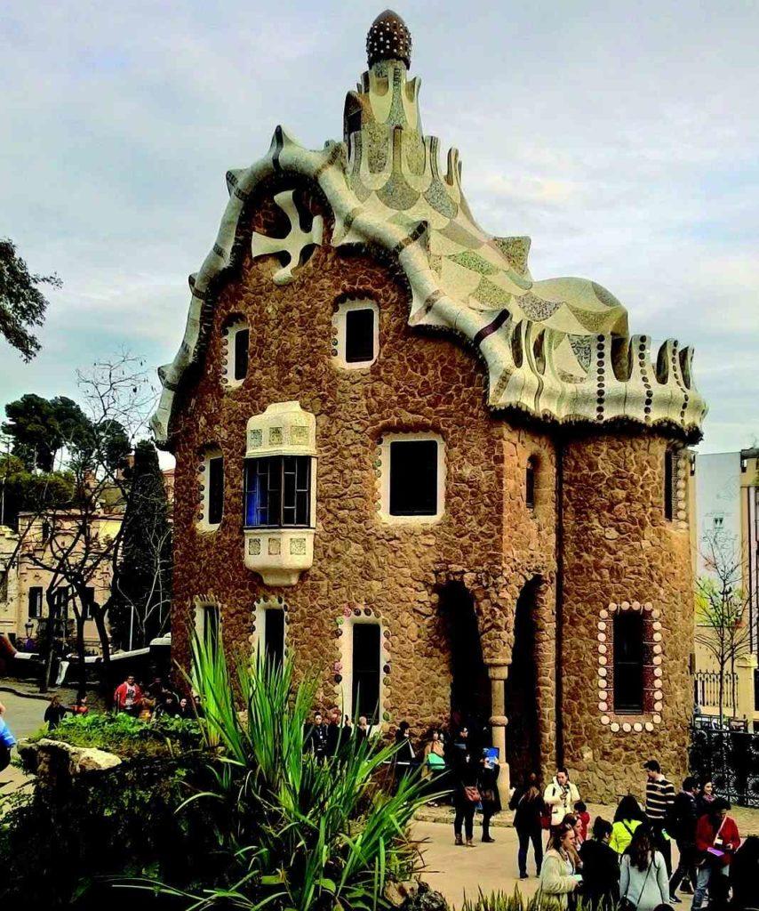 dom autorstwa A.Guell